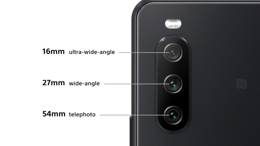 圖說、Xperia 10 III搭載全新三鏡頭相機,為低光源及動態拍攝的絕佳利器.png