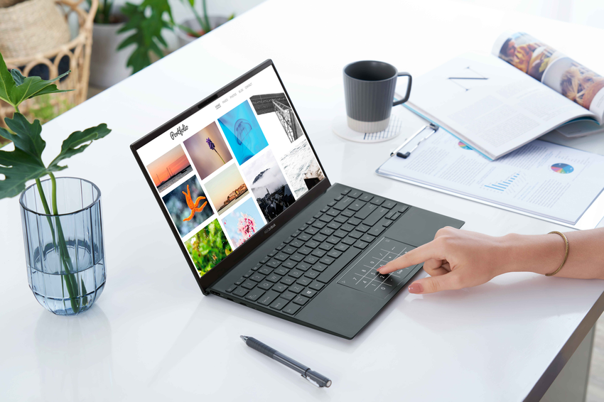 世界最薄具備完整連接埠筆電的ASUS ZenBook 14 (UX425) 輕巧1.13kg,最高21小時續航,並通過德國萊因護眼認證,適合長時辦公使用。.png
