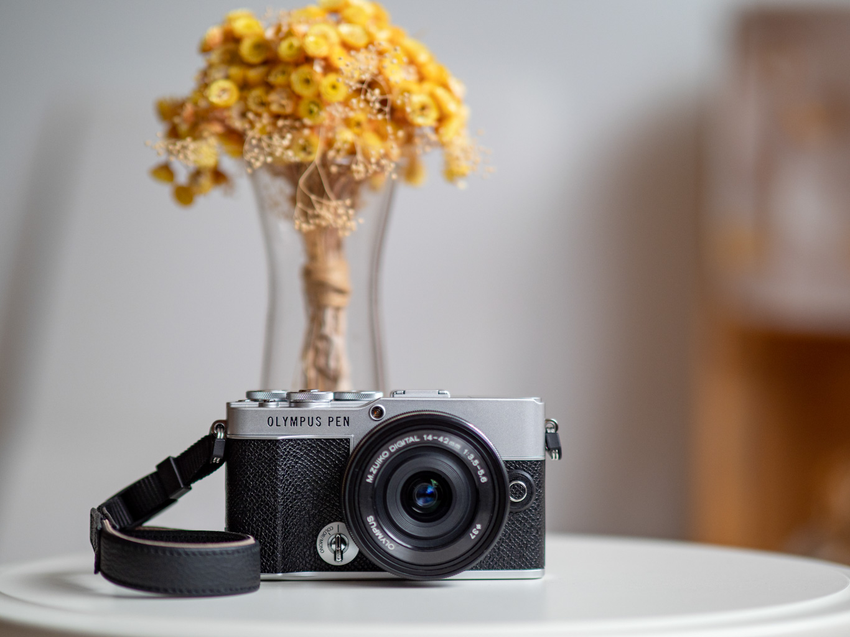 OLYMPUS PEN E-P7 日系復古微型單眼相機_經典銀黑_單機身建議售價NT$24,990.png