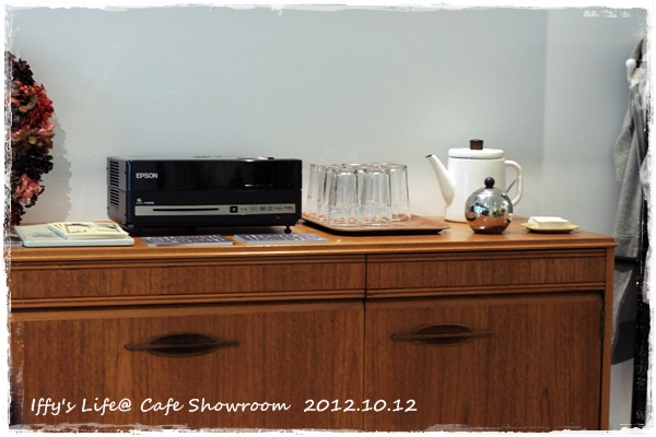 cafe showroom (10)
