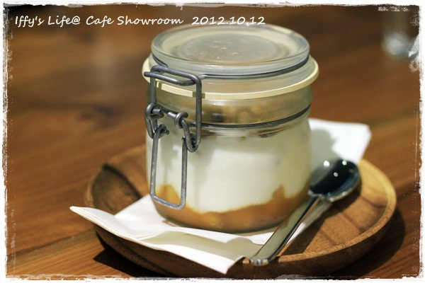 cafe showroom (12)