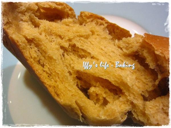 黑糖麵包 (7).JPG