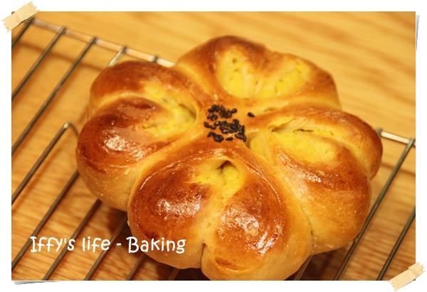 黑糖地瓜麵包 (1).JPG