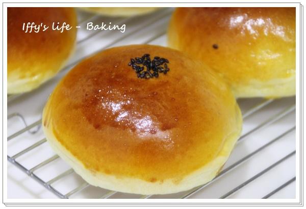 紅豆麵包 (1).JPG