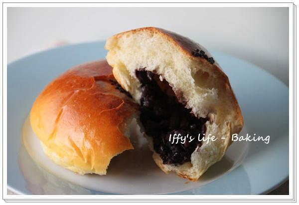 紅豆麵包 (4).JPG