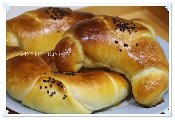 煉乳麵包 (3).JPG
