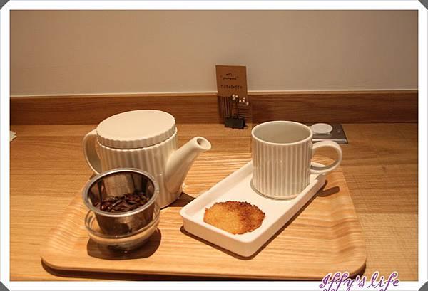 kinfolk caffee (6).JPG
