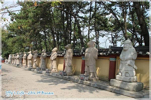 海東龍宮寺%26;機張市場 (3).JPG