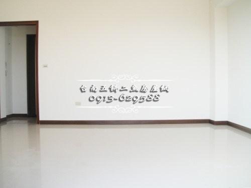 04台南52房屋網土地網買屋賣屋土地買賣五餅二魚永華金典電梯店面.JPG