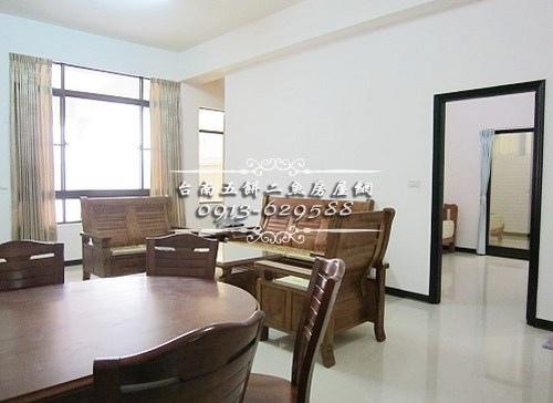 07台南52房屋網土地網買屋賣屋土地買賣五餅二魚安南醫院傳統雙車墅.JPG