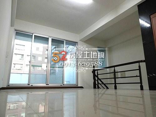 03台南買屋賣屋永慶湖美五餅二魚房屋網育平路超大坪數電梯金店面