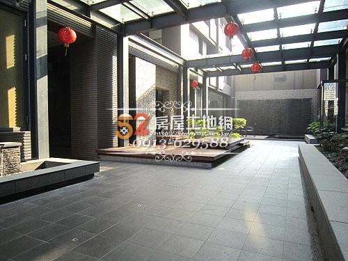 13台南買屋賣屋永慶湖美五餅二魚房屋網海閱恬靜美2房平車