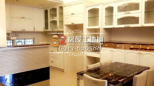 05台南買屋賣屋永慶湖美五餅二魚房屋網世紀莊園絕版美車墅