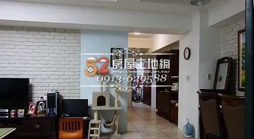 04台南買屋賣屋永慶湖美五餅二魚房屋網佳和家郃一樓裝潢大3房車位庭園住家