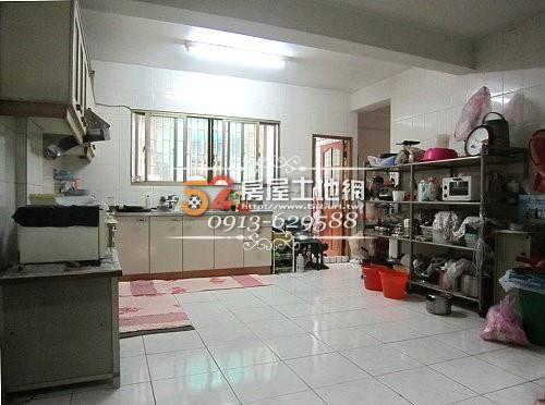 13台南買屋賣屋永慶湖美五餅二魚房屋網健康路賺錢大店面