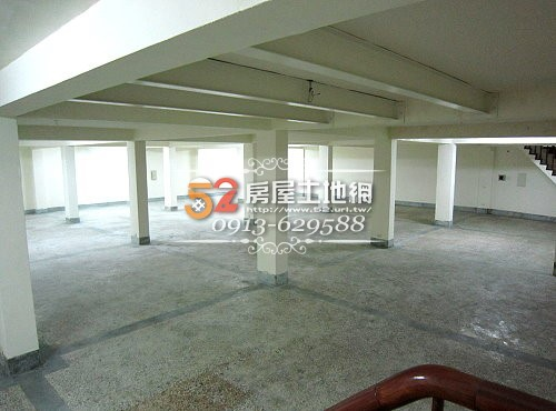 21台南買屋賣屋永慶湖美五餅二魚房屋網南區公所242超值大店面