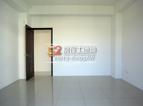 15台南買屋賣屋永慶湖美五餅二魚房屋網好事多全新超級美車墅