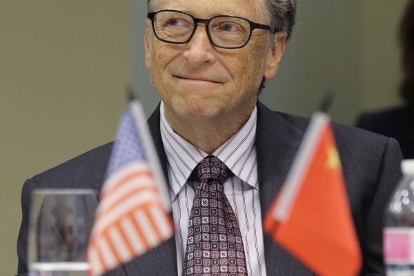 台灣富豪哭哭,蓋茨資產達到900億美元創世界紀錄