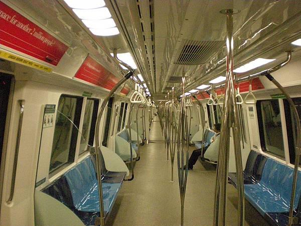 乾淨的地鐵