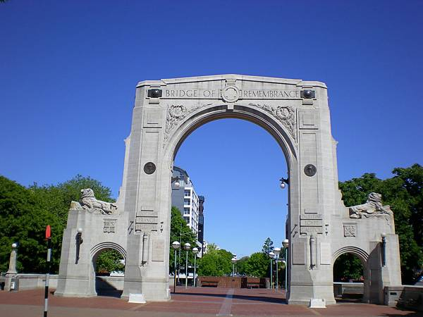 回憶橋-追悼第一次世界大戰中不幸犧牲的士兵