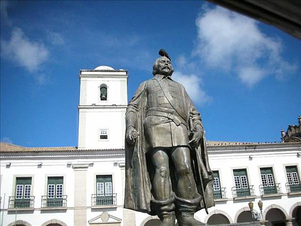 最早的Salvador首長