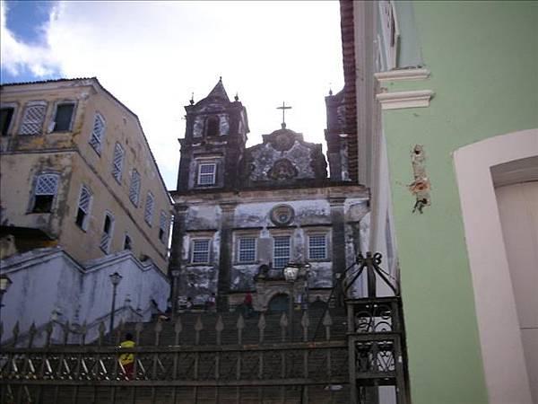 山城中有365座教堂