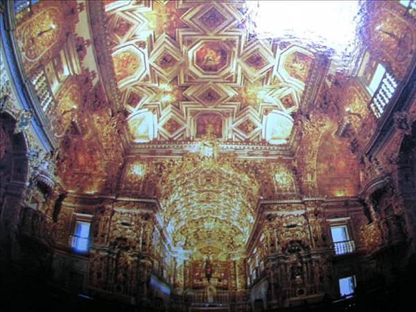 黃金教堂內部2