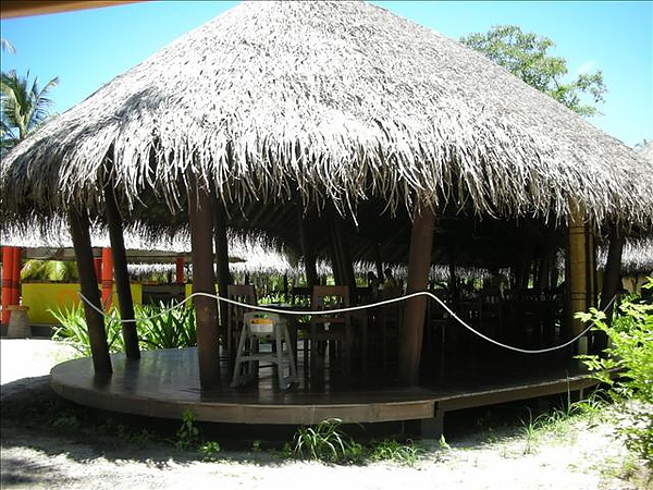 經典的茅草屋頂~這是buffet餐廳