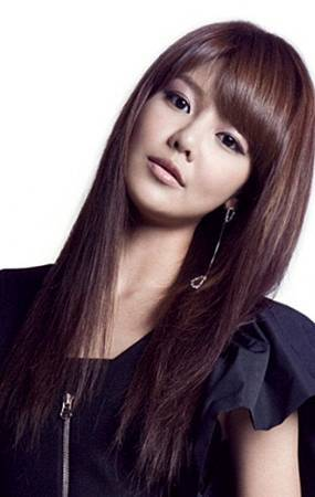 0-snsd_sooyoung_genie_japanese