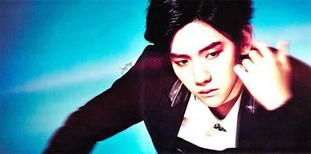 140507-baekhyun-exo-for-overdose-album-scan-by-jung-hwye-2