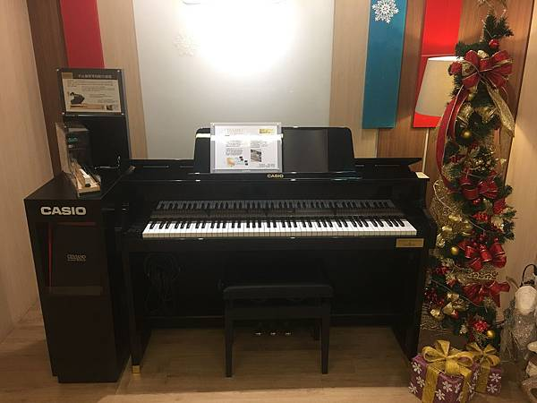 高階電鋼琴.JPG