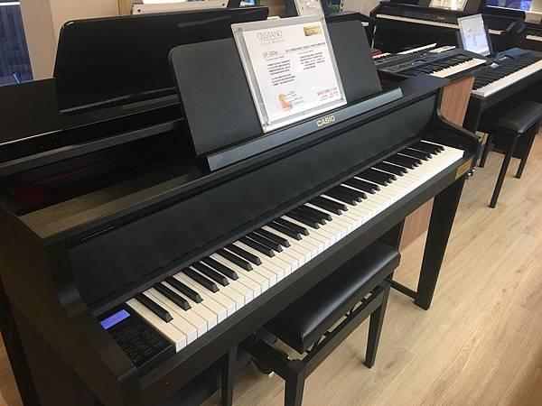 電鋼琴1.JPG