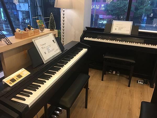 電鋼琴2.JPG