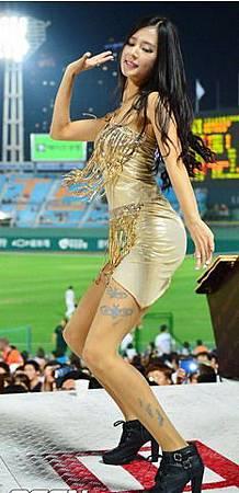koren-showgirl-9