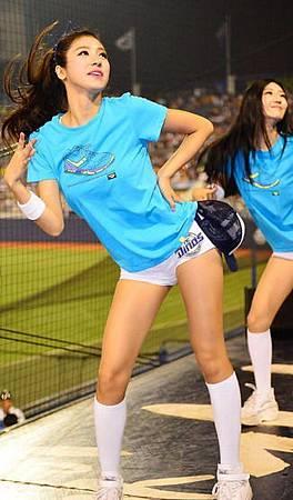 koren-showgirl-15