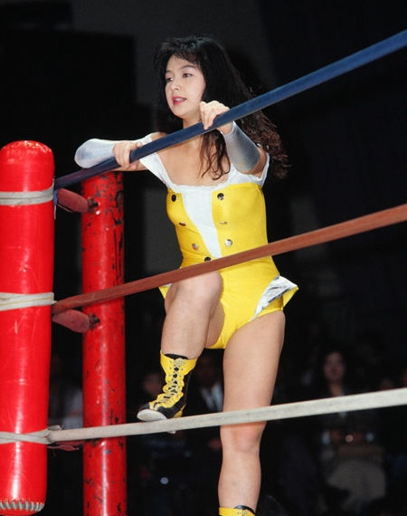 日本美女摔跤