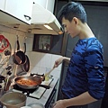 煮到洋蔥和番茄都出水,精華入湯汁