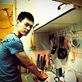 無論何時,吃完記得洗碗。