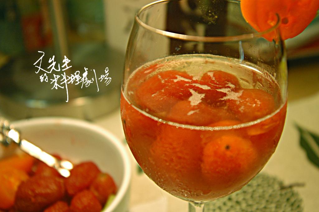 紅酒番茄配氣泡水.jpg