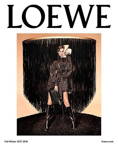 gisele for loewe 2017fw 2.jpg