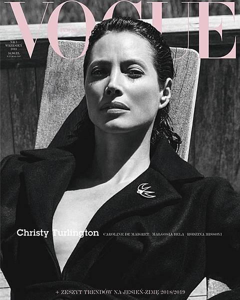 Christy Turlington for Vogue Polska September 2018.jpg