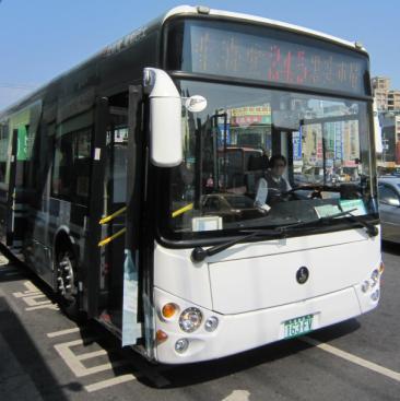 246環保電動公車前頭