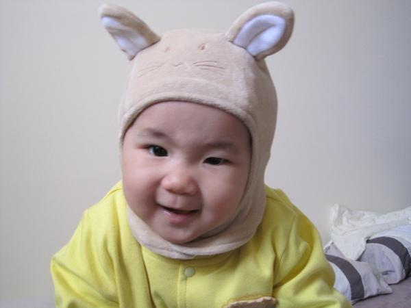 momo阿姨借的動物造型帽!