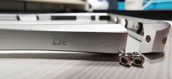 本土品牌 Xperia 1 金屬框~Devil Case 四色開箱 - 4