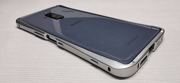 本土品牌 Xperia 1 金屬框~Devil Case 四色開箱 - 7
