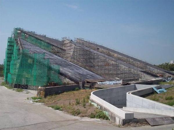 03[1]. 建築中的蘭陽博物館北側外觀(2008.0826).jpg