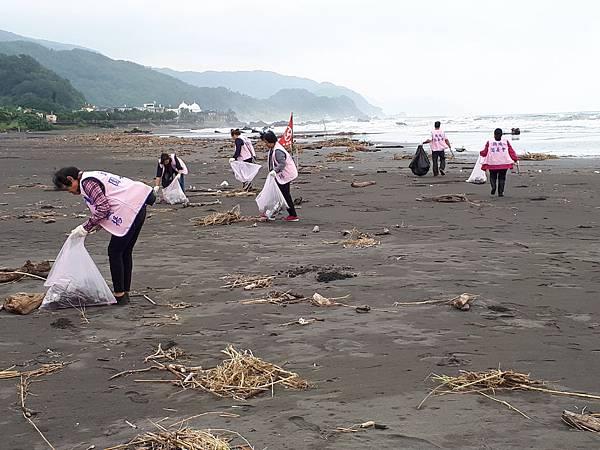 淨灘活動照片03