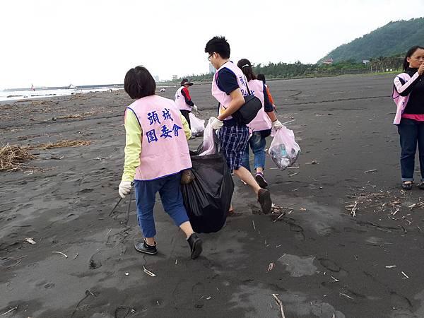 淨灘活動照片05