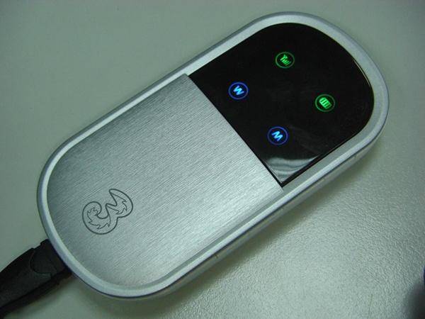 Huawei E5830_03.JPG