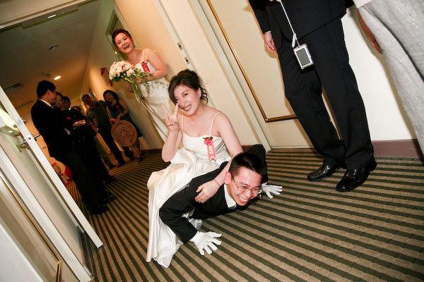 【慧萍婚禮】我找到一張新郎被整垮的證據。